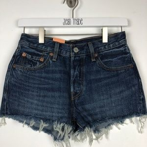 NWT Levi's 501 Cut off straight leg button fly jea